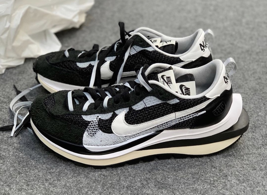Sacai Nike - Black & White