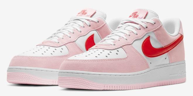 Release datum van de Nike Air Force 1 - Valentine's Day (DD3384-600)