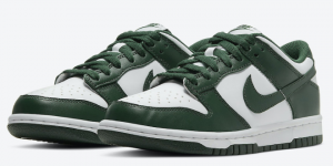 Release datum van de Nike Dunk Low - Team Green (DD1391-101)